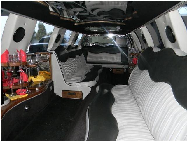 Inchiriere limuzina/masini de lux