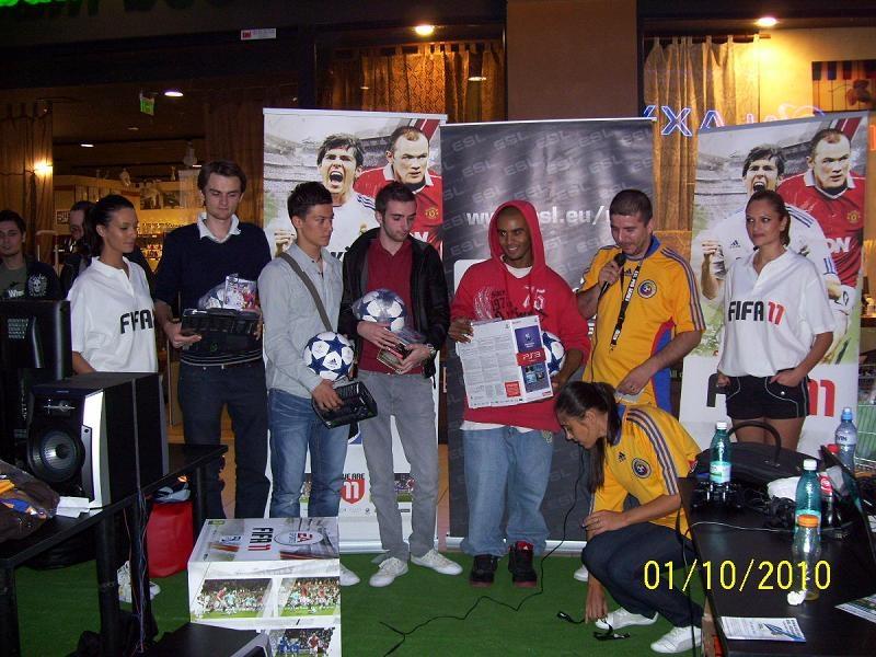 Lansare FIFA 11